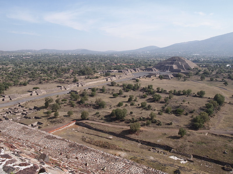 Field Recording: Mariachi band on autobus to Teotihuacan (2 June 2012, Mexico City)